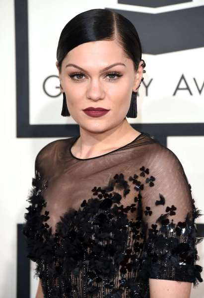 Jessie-J--2015-GRAMMY-Awards--07
