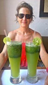 Staying cool with lemonade con hierbabuena (peppermint)
