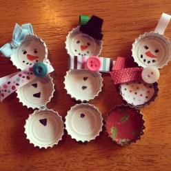 Bottle cap snowmen
