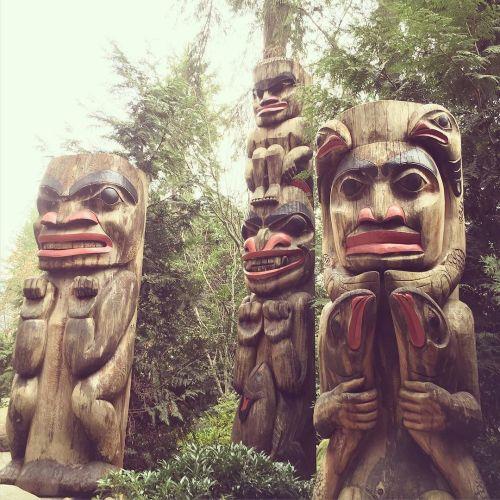 Totems at Capilano Suspension Bridge Park