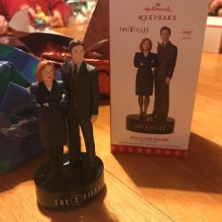 Early Xmas gift from Tim; a Spooky and Scully ornament for the tree!