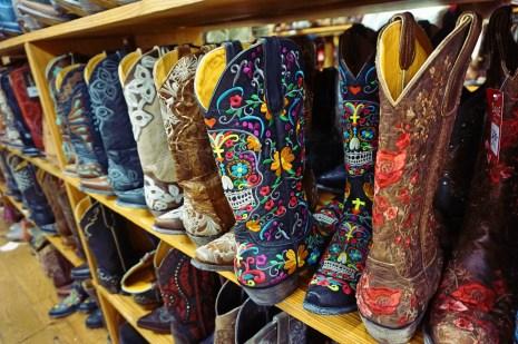 boots-in-allens