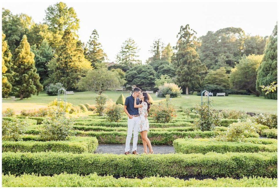 Deep Cut Gardens Engagement   Caroline Morris Photography
