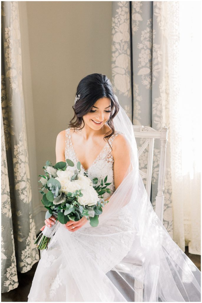 bride getting ready in bridal suite at Park Chateau in New Jersey