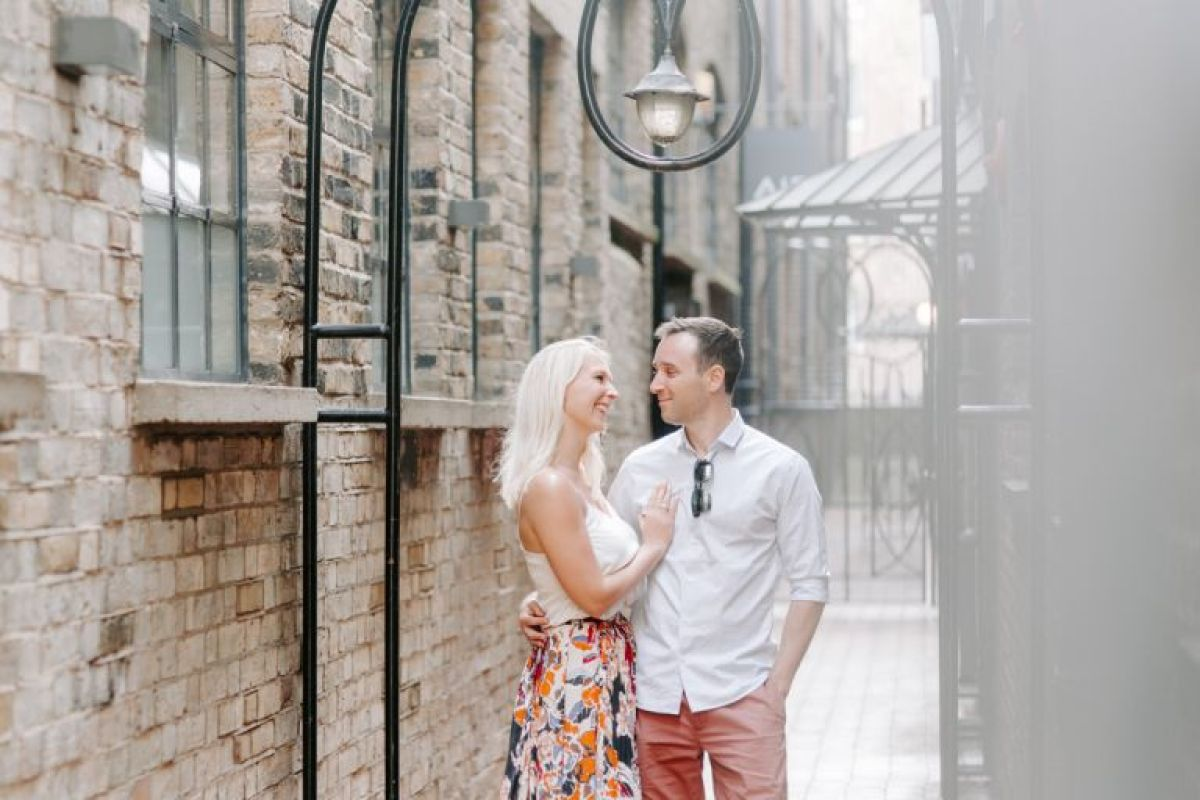 London engagement photos
