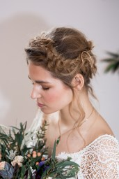 Bohemian looked bride with Grecian braids