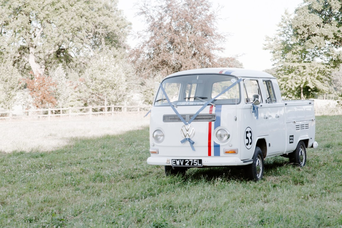 Vintage wedding car: VW