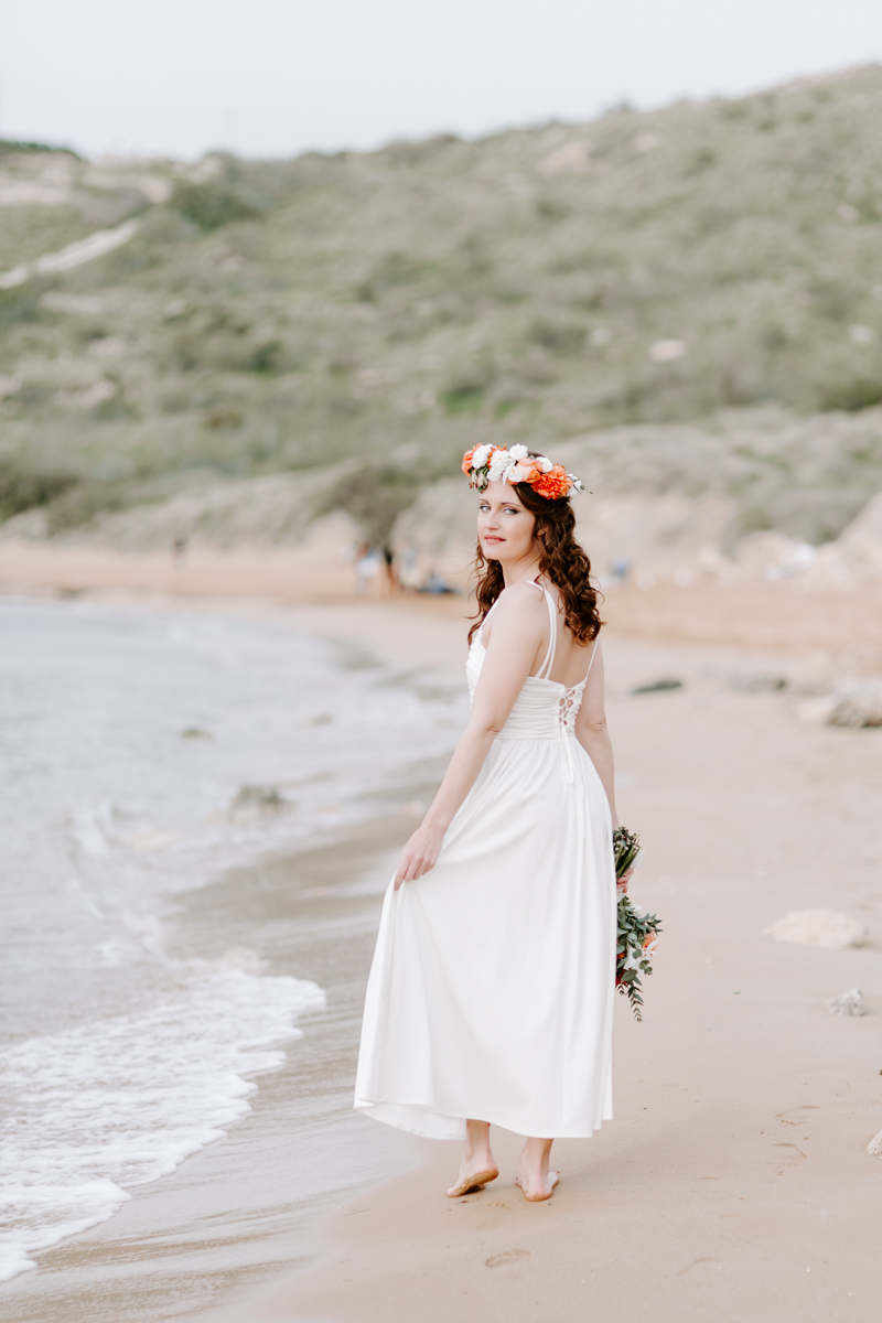 Bride on Għajn Tuffieħa beach