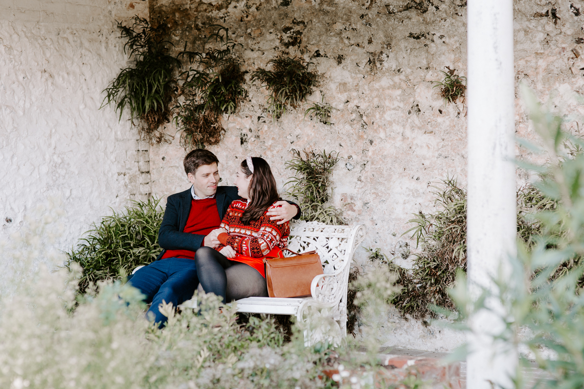 Relaxed Oxfordshire engagement shoot