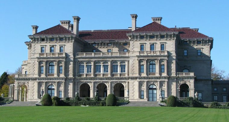 The Breakers Mansion, one of Newport, Rhode Island's most famous landmark and a Gilded Age architectural gem.