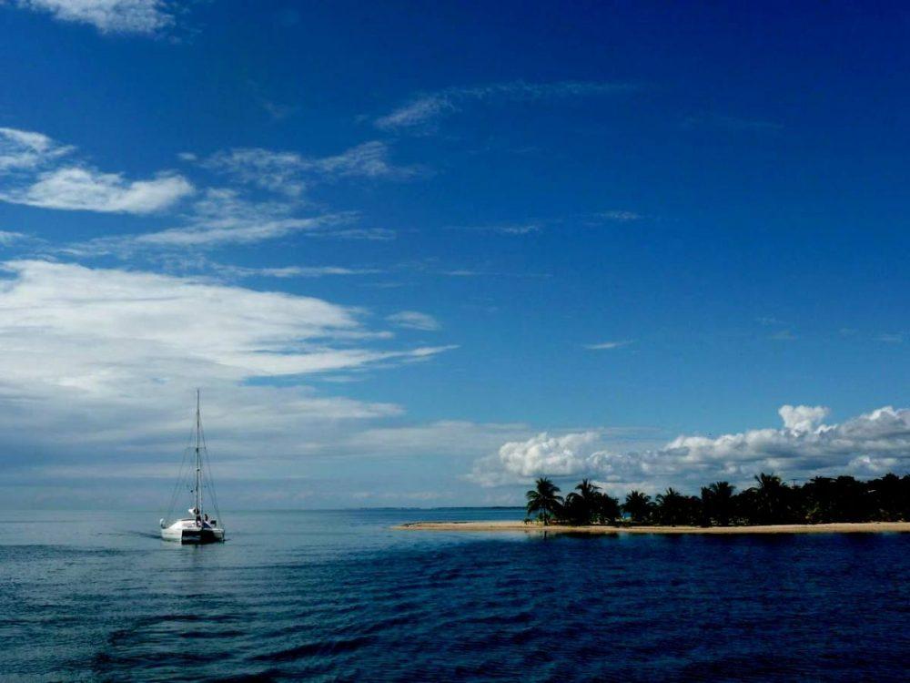 47' Catamaran AUBISQUE anchored off tropical island in Belize