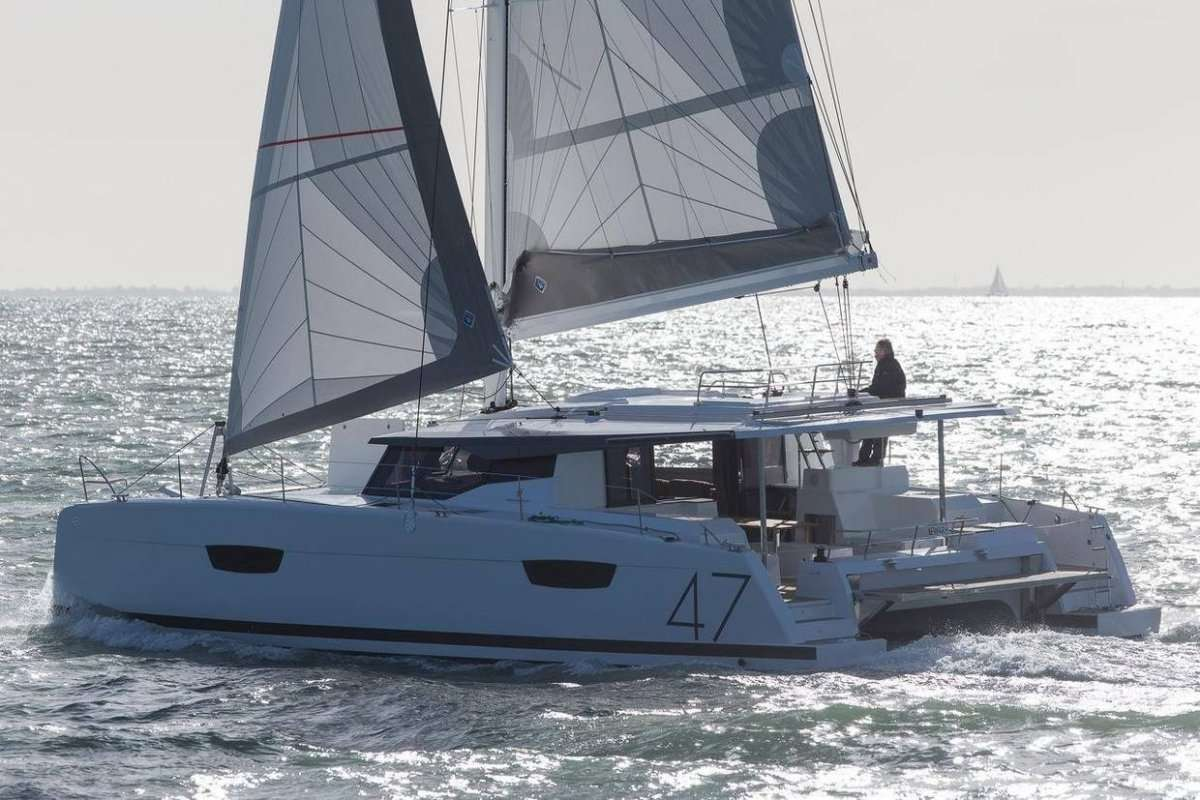 Main shot of Tranquilo 46ft Fountaine Pajot S-Y Catamaran at sea