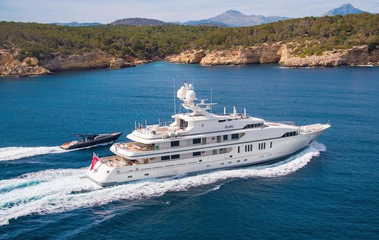 203ft Viareggio Superyacht M/Y RoMa and tender at sea