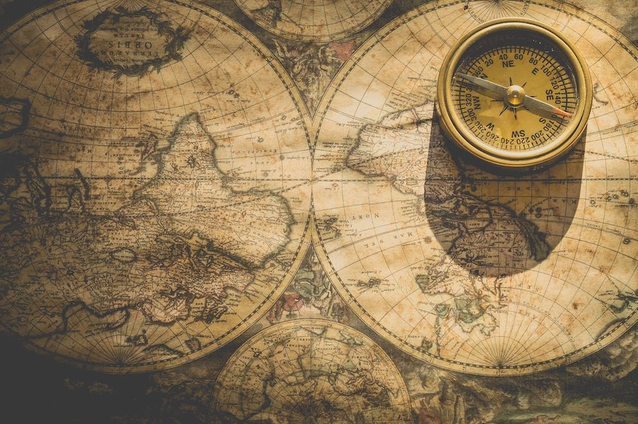 antique compass and map of the world (image by Ylanite Koppens from Pixabay)