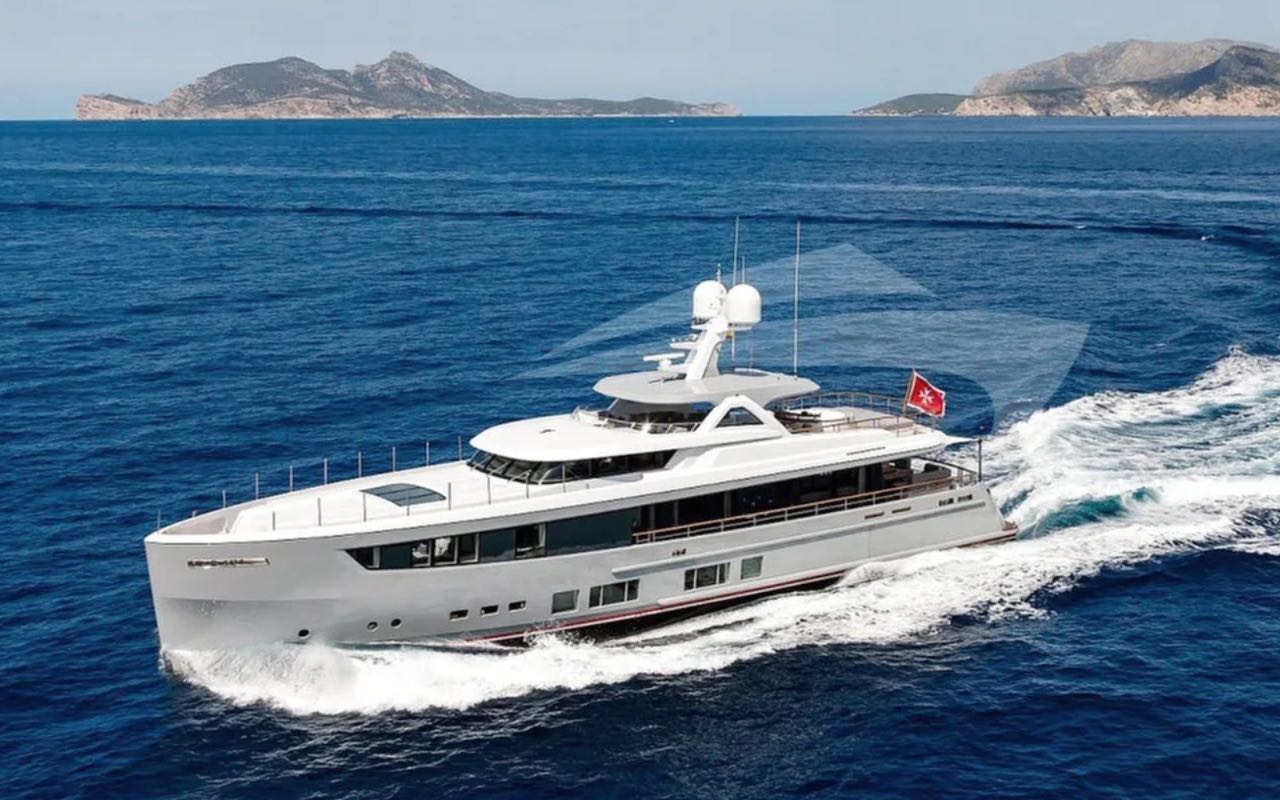 118ft Mulder Shipyard motor yacht CALYPSO I operates in the East and West Mediterranean