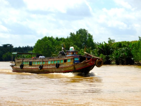 5 Tips for Travelers To Vietnam and Cambodia