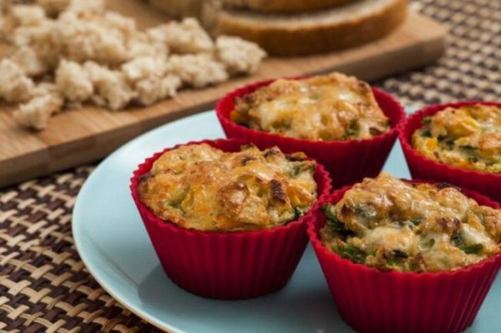 Muffin vegetariano com pão de centeio