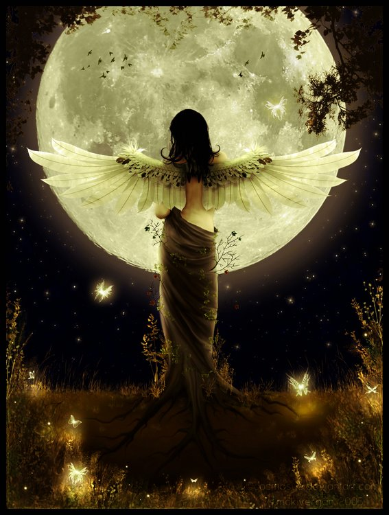 Flash Fiction: Angel in the Moonlight