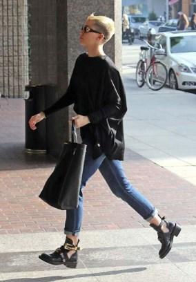 cutout-boots-balenciaga-streetstyle-tendencias-2013-celebrities-miley-cyrus
