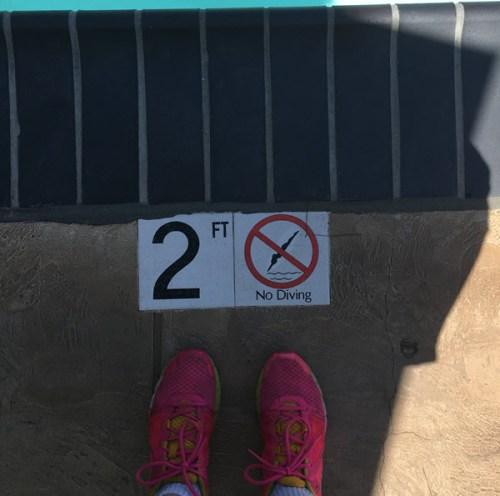 pool-sign-no-diving-600.jpg