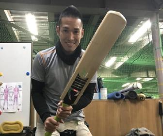 クリケット挑戦の木村昇吾、カープ・元同僚からのプレゼントに感激!
