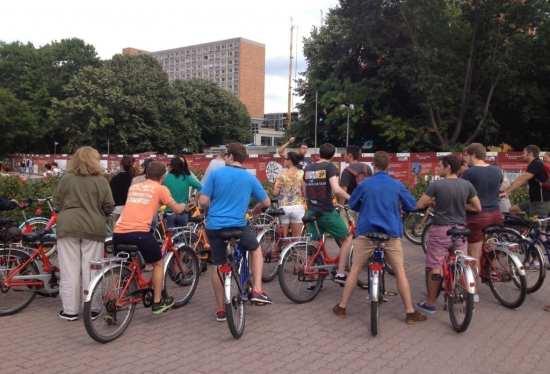 people_fat tire bike tours berlin
