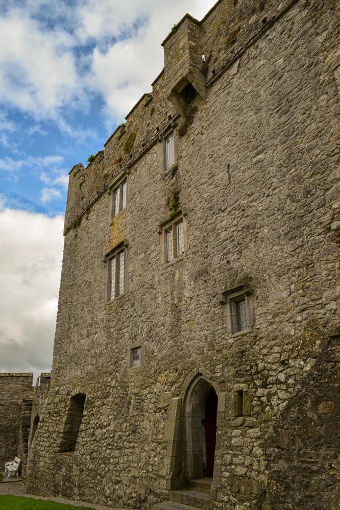 Cahir Castel