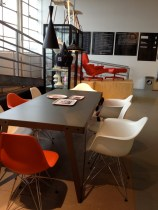 I like the Eames chair... they fit in almost every interior!
