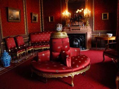 Red Salon