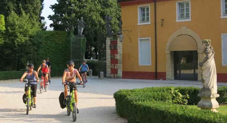 Explore Italy With Carpe Mundo's Italy Guided Bike Tour