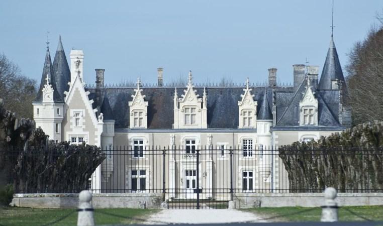 chateau beauvais exterior