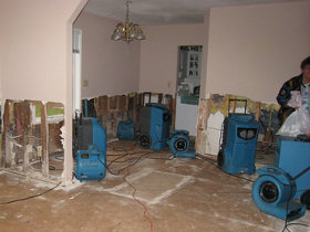 Water Damage restoration Companies Houston tx