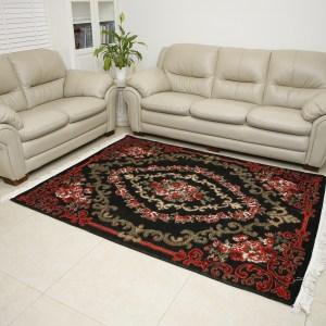 שטיח שאנל דגם שושנים