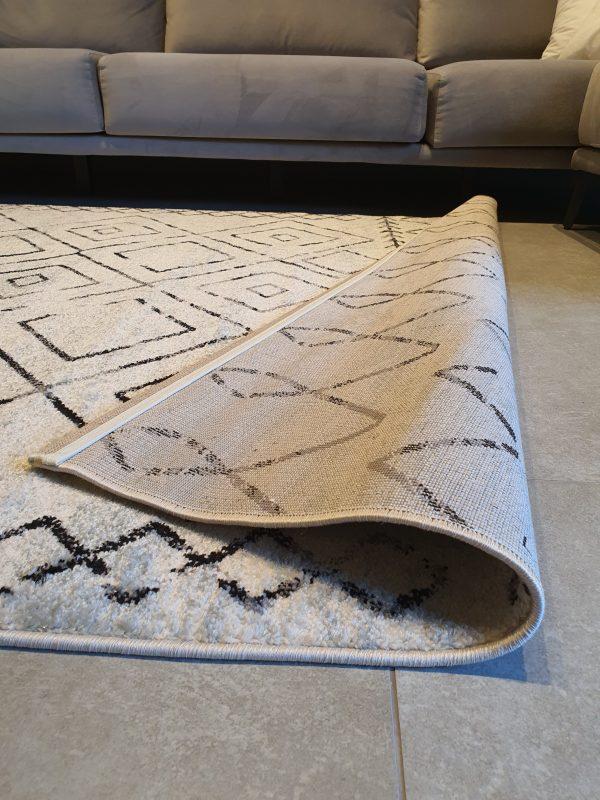 שטיח ברבר שחור לבן 02 (2)