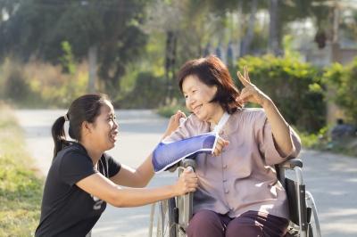 Companion Care Services-freedigitalphotos.net-Toa55
