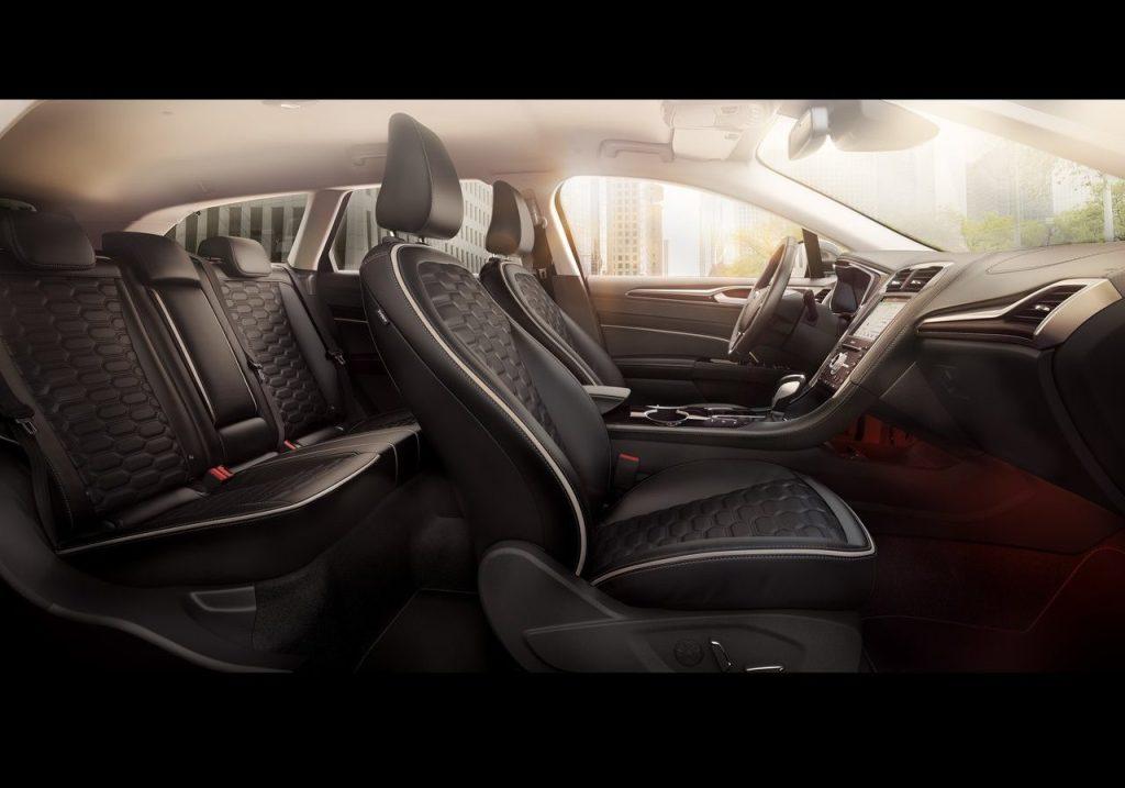 2019 Ford Mondeo Wagon Hybrid
