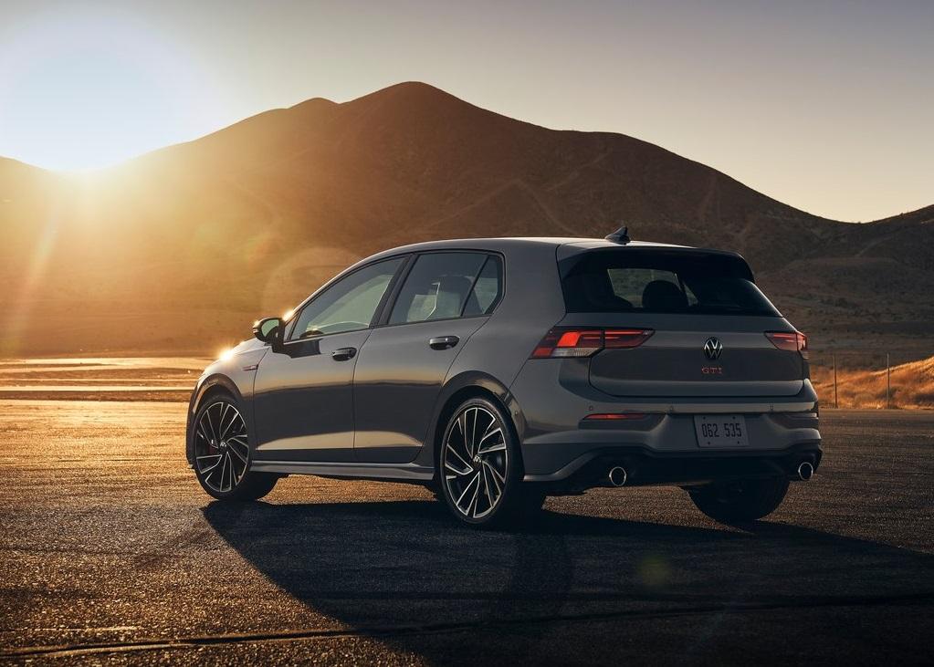 2022 Volkswagen Golf GTI (US)