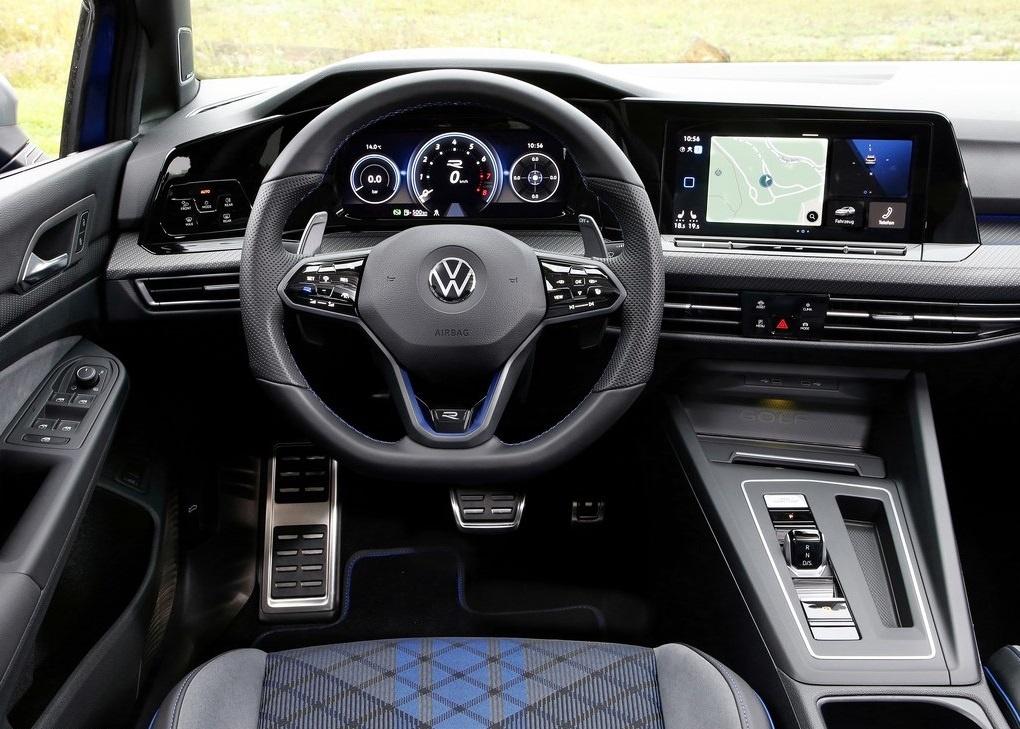 2022 Volkswagen Golf R Estate