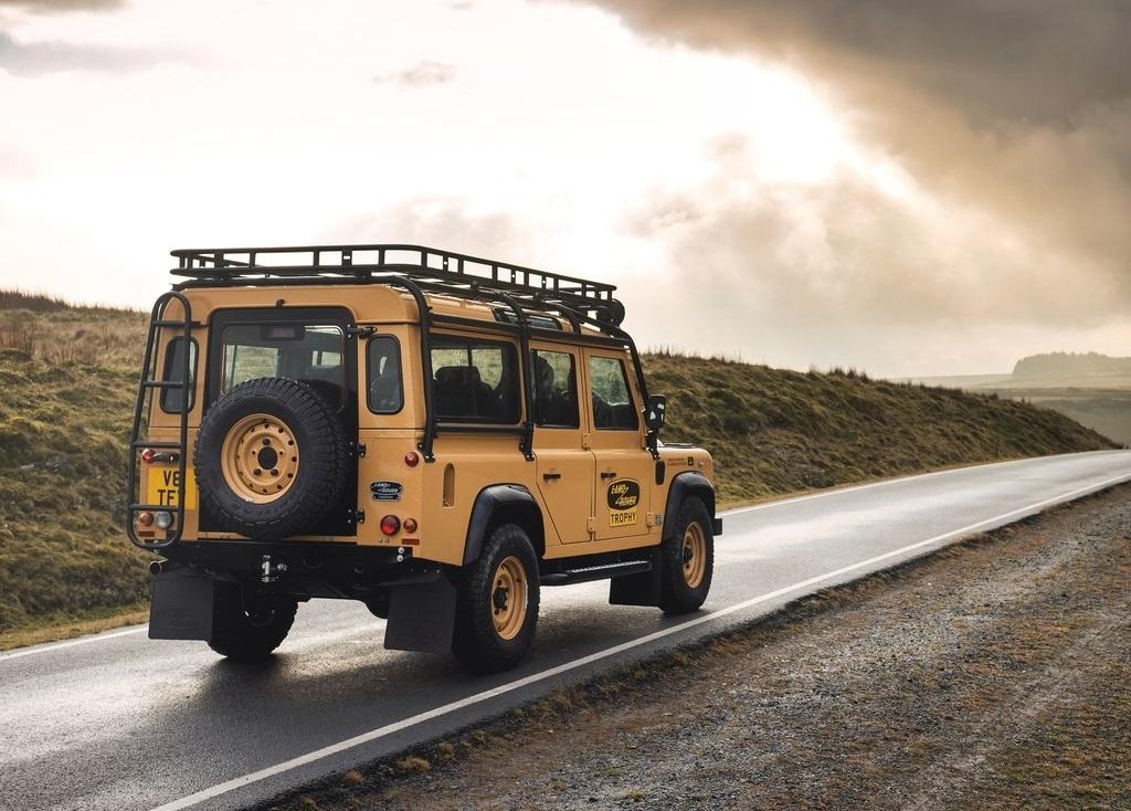 2022 Land Rover Defender Works V8 Trophy