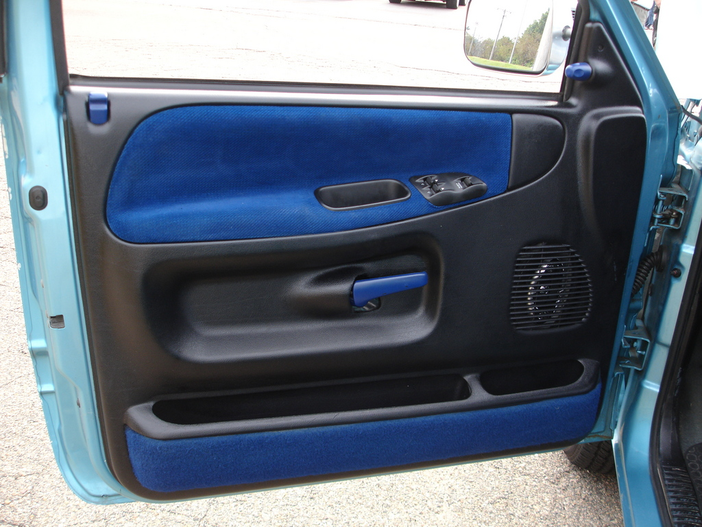 1999 Dodge Ram 1500 Custom Interior
