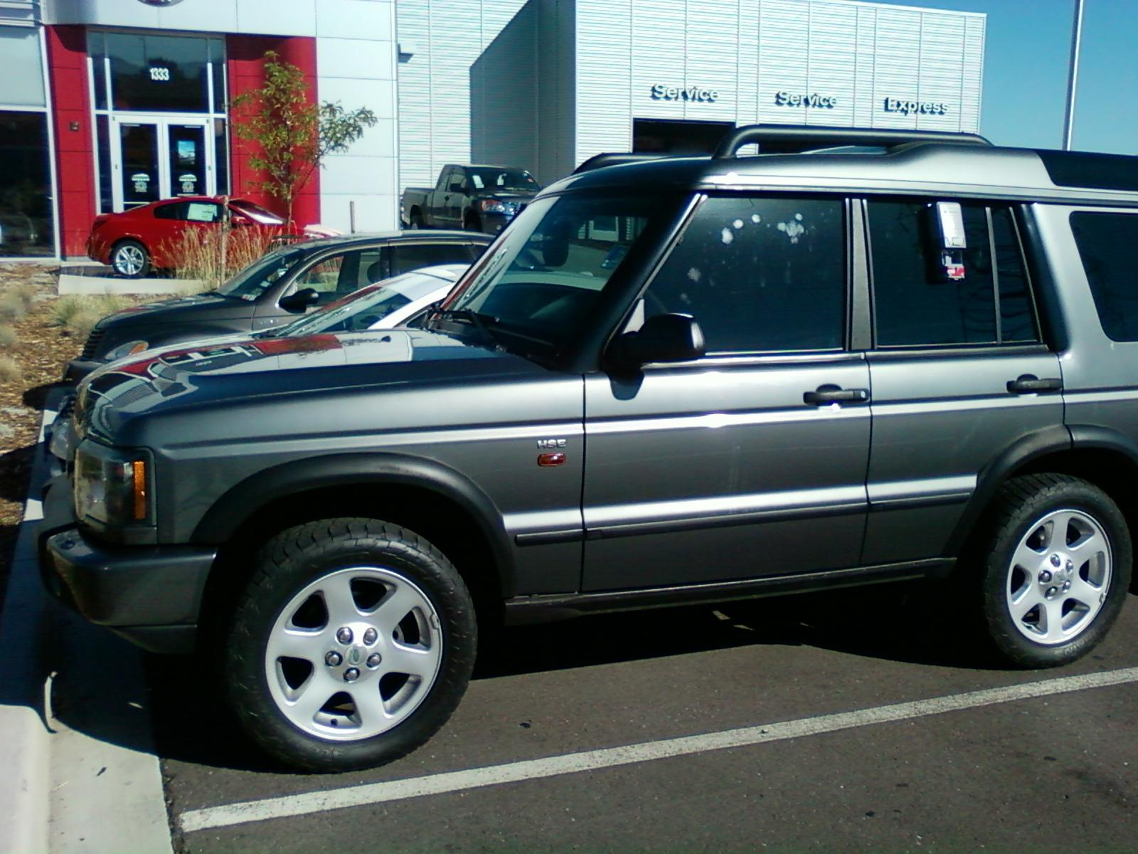grinner910 2004 Land Rover DiscoveryHSE Sport Utility 4D Specs