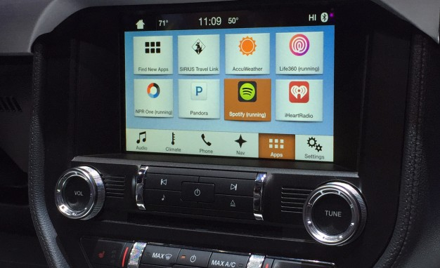 Ford Favours SYNC over Apple's CarPlay – CarPlay Life – Apple