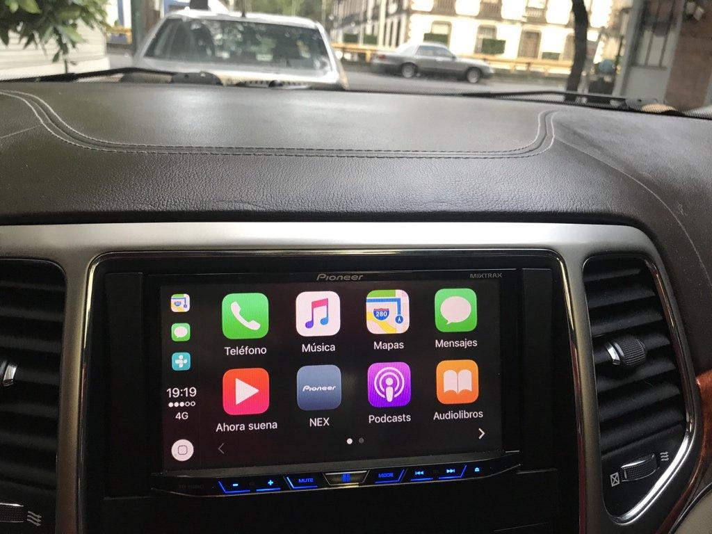 Carplay Installs Pioneer In A 2011 Jeep Grand Cherokee Overland