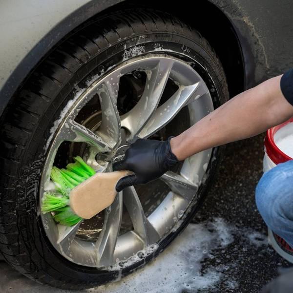 Chemical Guys Reifen und Felgen Bürste