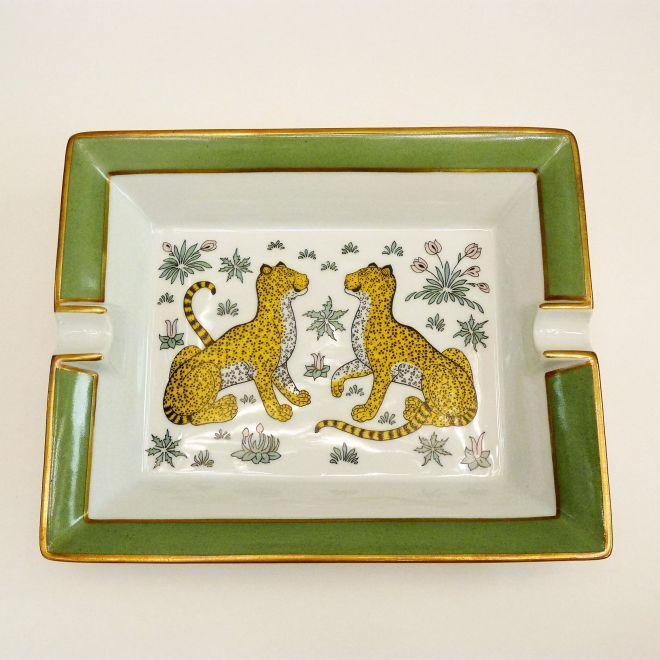 Authentic Hermes Limoges Porcelain Cigar Ashtray Cheetah Guépards Leopards Made In France