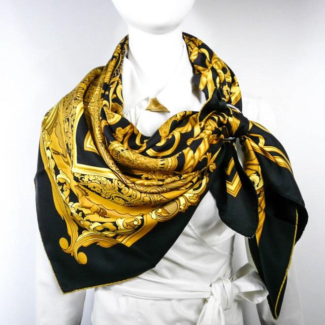 les-tuileries-hermes-silk-scarf-black-gold1-5