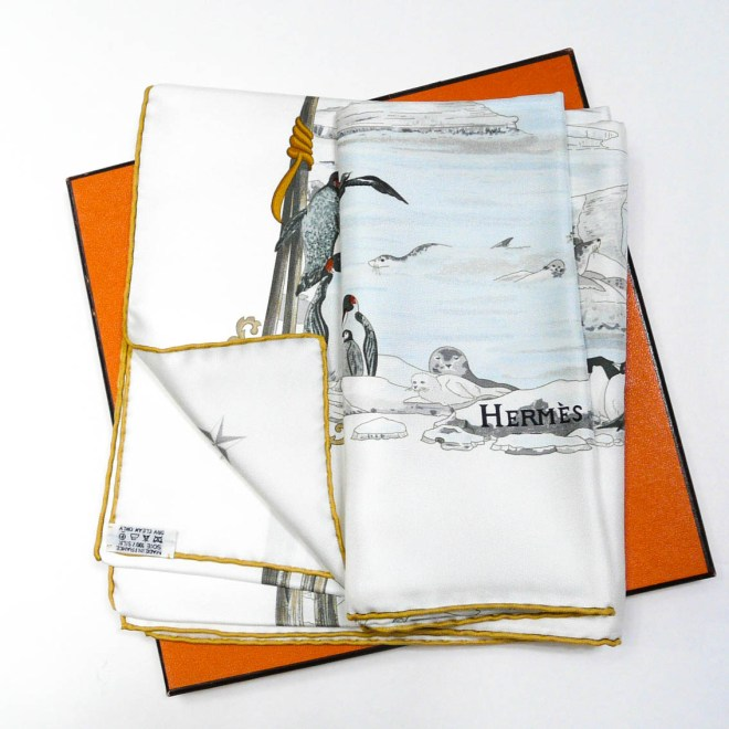Hommage a l'Explorateur Sir Ernest Shackleton HERMES Silk Scarf PINK-16