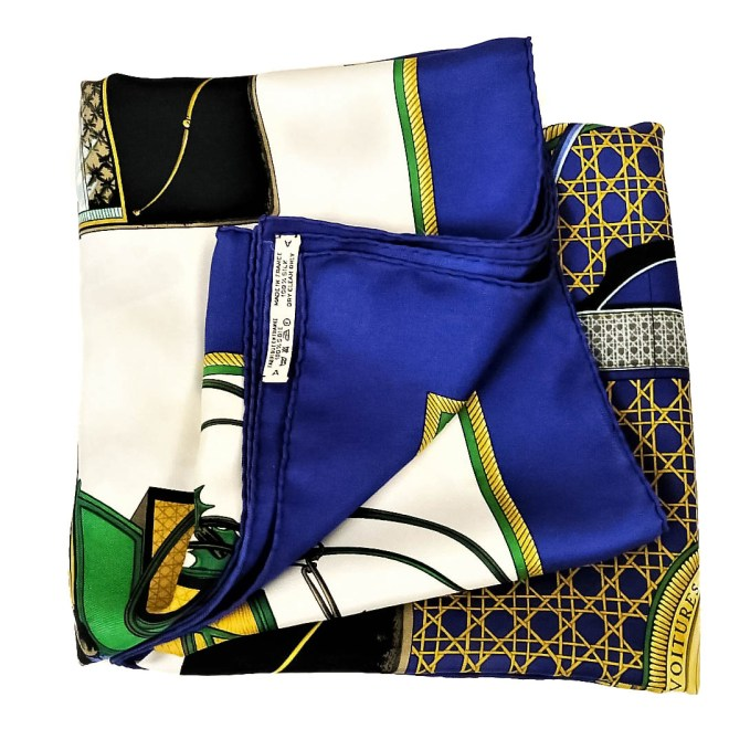 Les Voitures a Transformation HERMES Silk Scarf-11