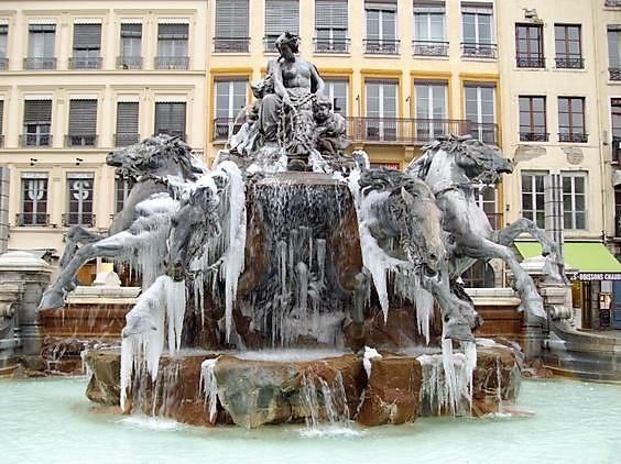 La Fontaine de Bartholdi.jpg