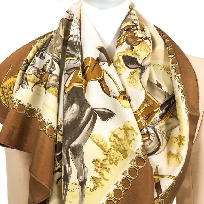 Hermes Livree Imperiale Vintage Silk Scarf_-11